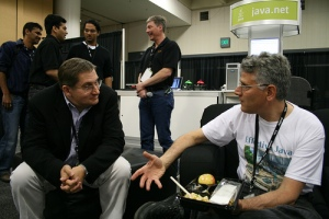 Dr. Horstmann chatting with Joshua Bloch at the java.net booth